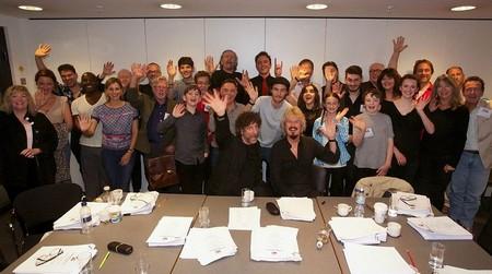 Učesnici snimanja radio-drame ''Dobra predskazanja''