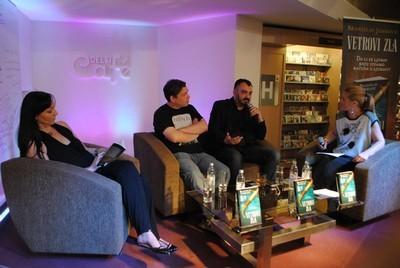 Učesnici promocije romana ''Vetrovi zla'':  Danijela Ugrenović, Dejan Stojiljović, Branislav Janković, Vanja Gavrovski