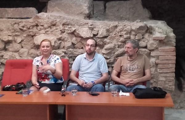 Predstavljanje romana ''Nameštaljka'' Malkolma Rouza - Marija Vukosavljević, Petar Kapuran i Aleksandar Gubaš
