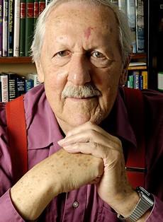Preminuo Brajan Oldis veliki majstor naučne fantastike
