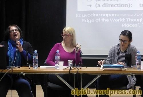 Učesnice tribine o Ursuli Legvin u Domu omladine Beograda: Ivana Damjanović, Jelena Jokanović i Nađa Duhaček.